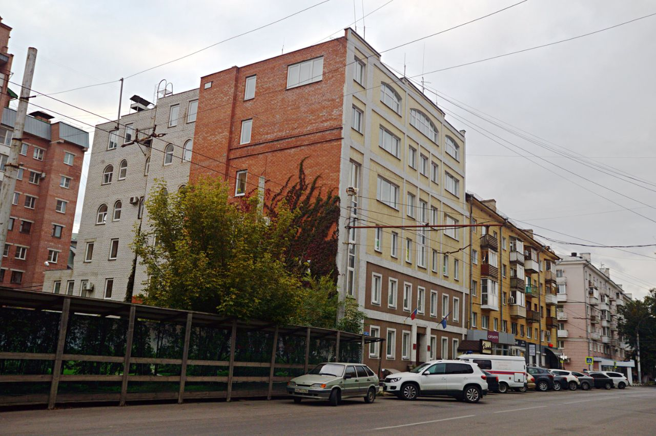 Бизнес Центр на ул. Платонова, 25