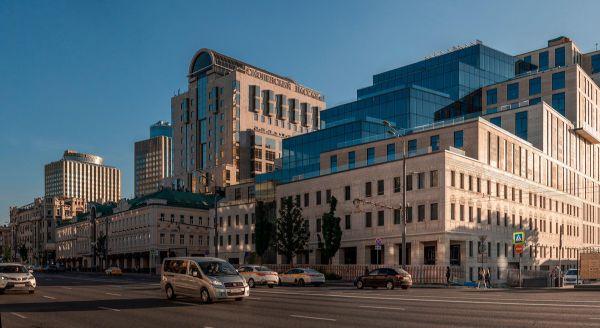 Торгово-офисный комплекс Смоленский Пассаж II