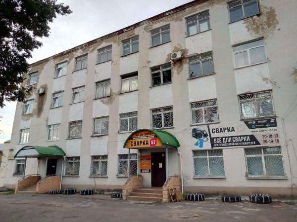Офисное здание на ул. Колхозная, 11