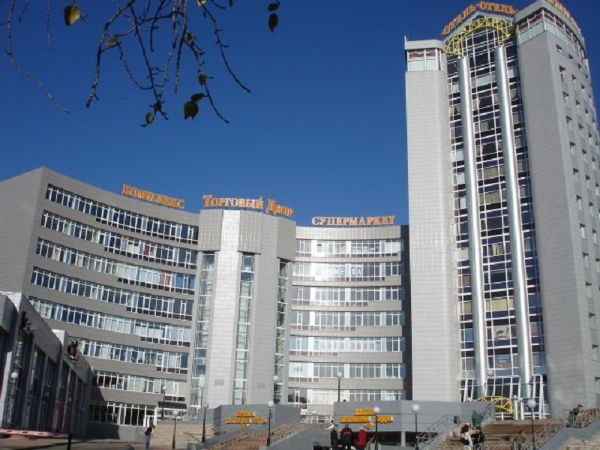Многофункциональный комплекс Торговый двор
