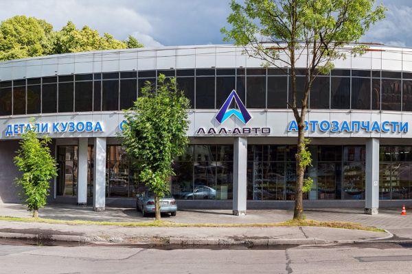 Торговый центр на проспекте Победы , 171