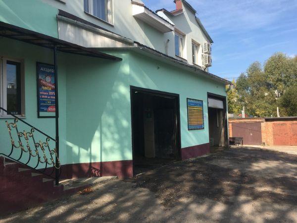 Отдельно стоящее здание на ул. Ильича, 39Б