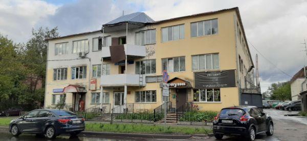 Административное здание на ул. Луч, 27