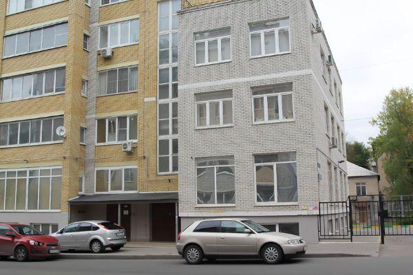 Офисное здание на ул. Седова, 1