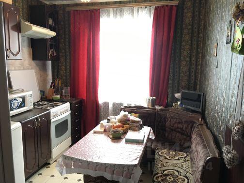 Продается трехкомнатная квартира за 2 750 000 рублей. Россия, Саратов, улица Шехурдина, 8А.