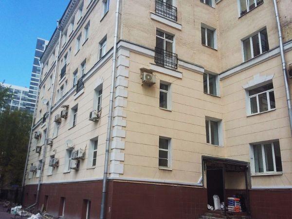 Административное здание на ул. Коккинаки, 4