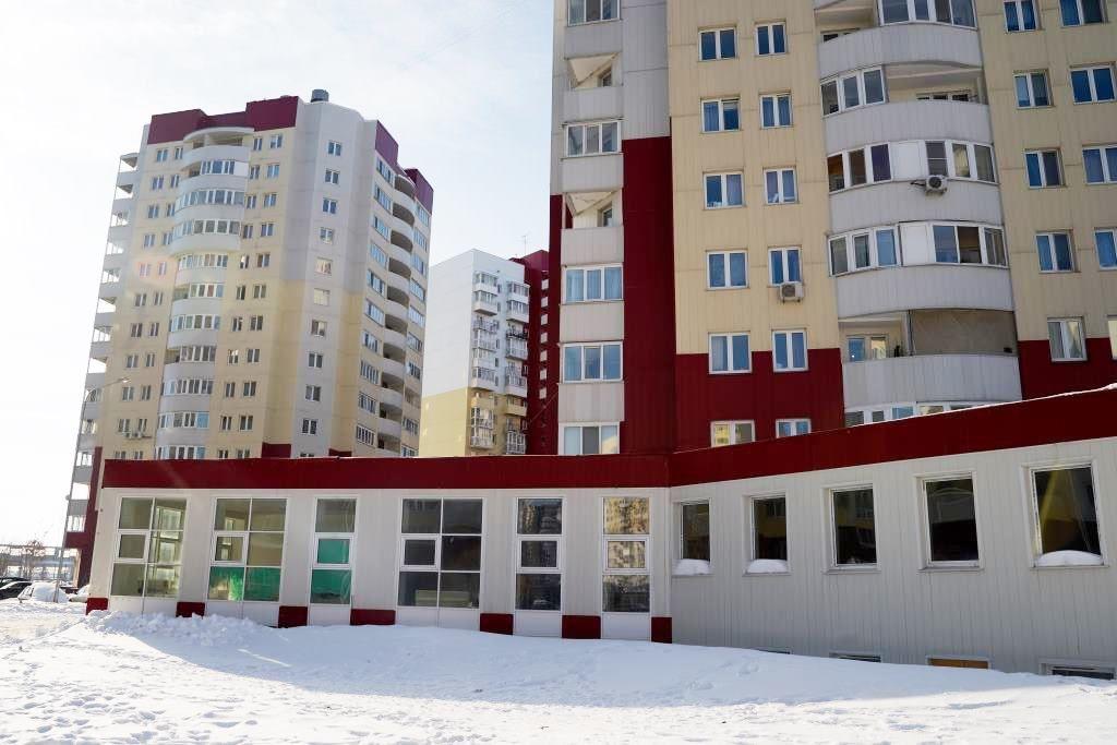 Торговом центре на ул. Василия Гольцова, 3