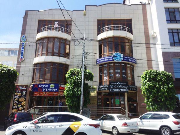 Торгово-офисный комплекс на ул. Голенева, 47