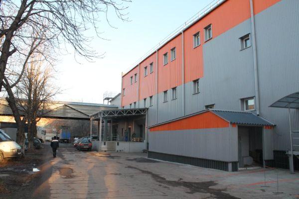 Офисно-складской комплекс в микрорайоне Ковровый, 37