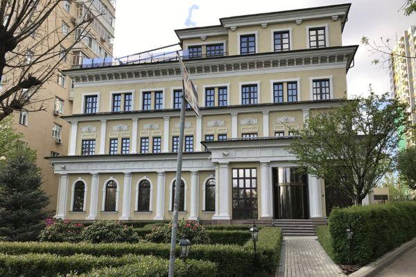Бизнес-центр на ул. Лобачевского, 52