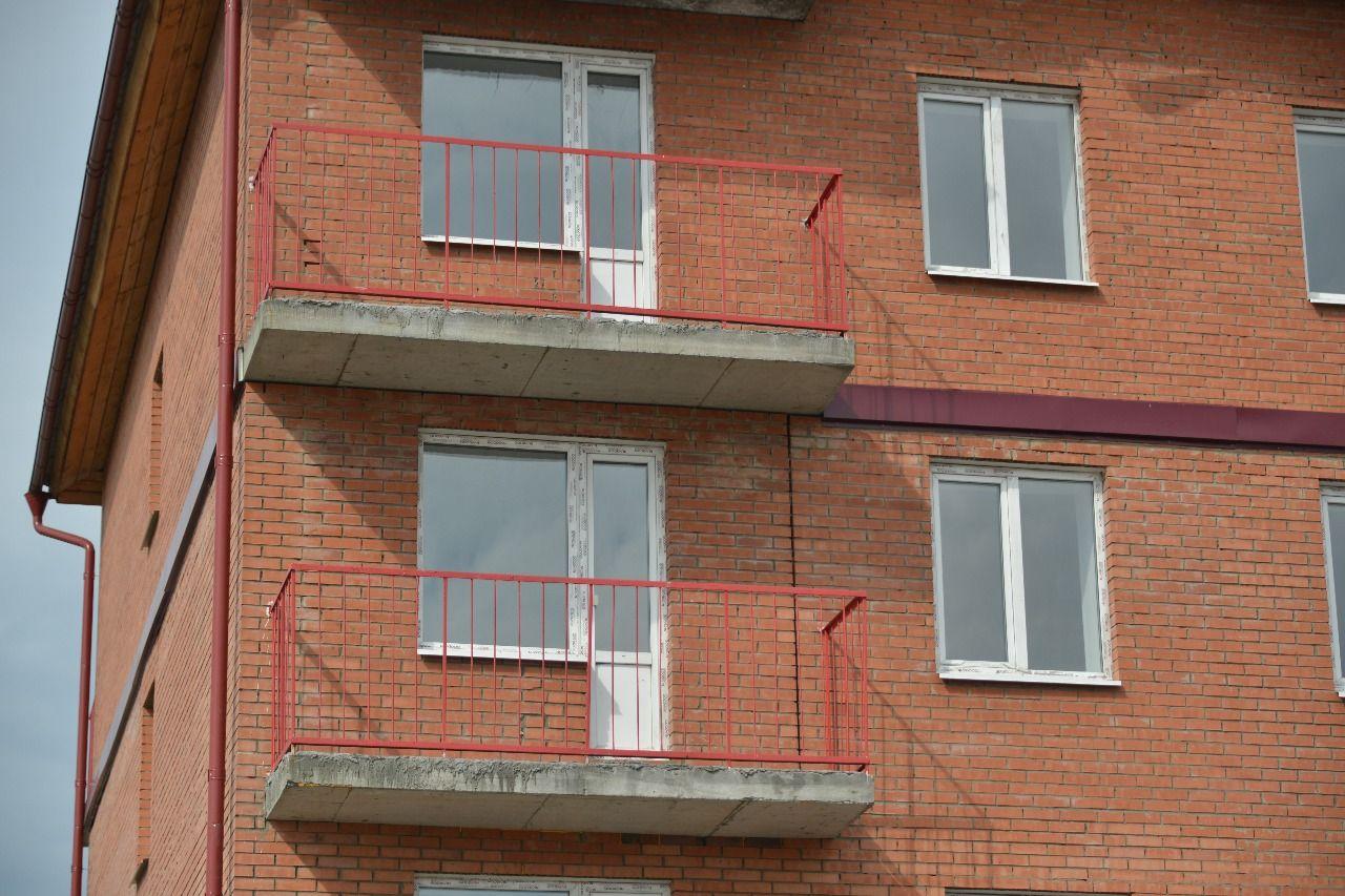 жилой комплекс по ул. Убсу-Нурская, 20 (микрорайон Спутник)