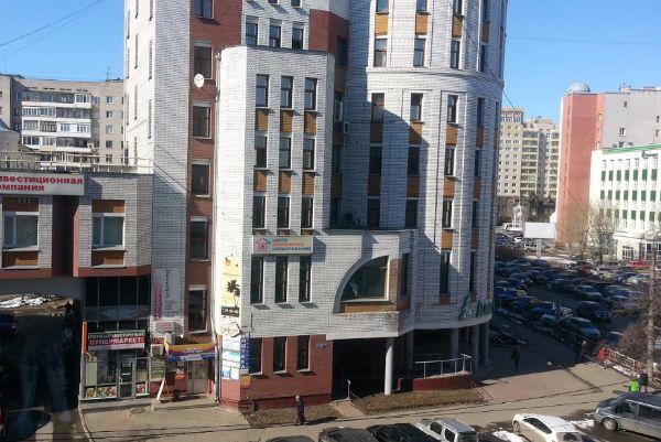 Бизнес-центр на проспекте Ломоносова, 135