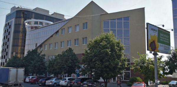 Бизнес-центр на ул. Героев Красной Армии, 7