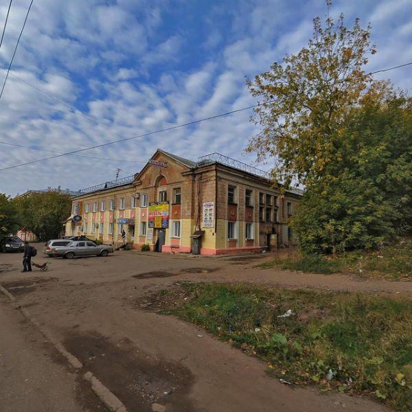 Отдельно стоящее здание на ул. Уральская, 7