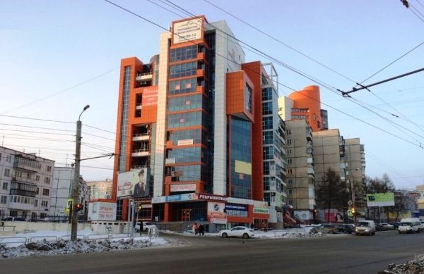 Административное здание на ул. Молодогвардейцев, 60В
