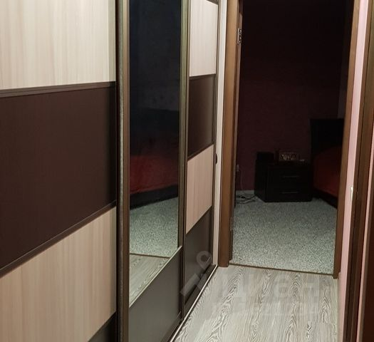 Продается четырехкомнатная квартира за 2 100 000 рублей. Россия, Орловская область, г. Мценск, ул. Машиностроителей, д. 5.