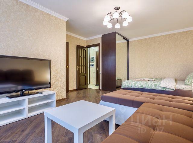 b2af052f6ce4 8 объявлений - Снять квартиру посуточно на проспекте Севастопольский ...