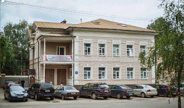 Офисное здание на ул. Козлёнская, 15