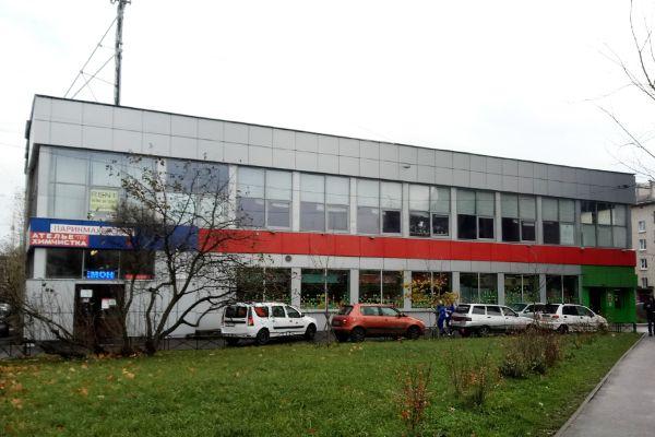 Торговый центр на Новоизмайловском проспекте, 40к2