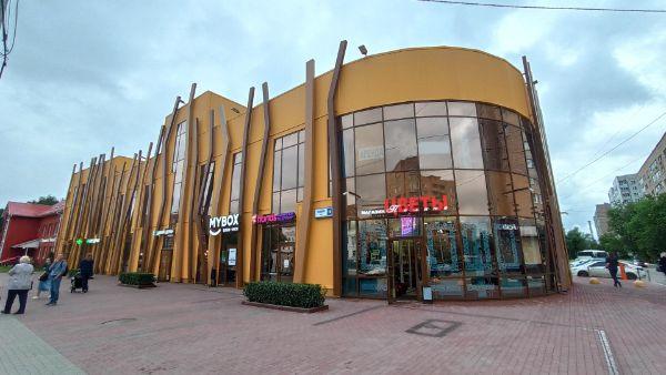 Торговый центр на ул. Ленина, 18