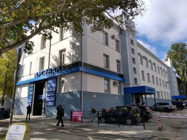Торгово-офисный комплекс на ул. Авроры, 110к2