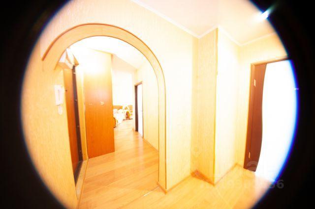 Продается двухкомнатная квартира за 2 460 000 рублей. Россия, Ульяновск, Кузоватовская улица, 40Б.
