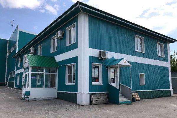 Отдельно стоящее здание на ул. Луцкая, 16