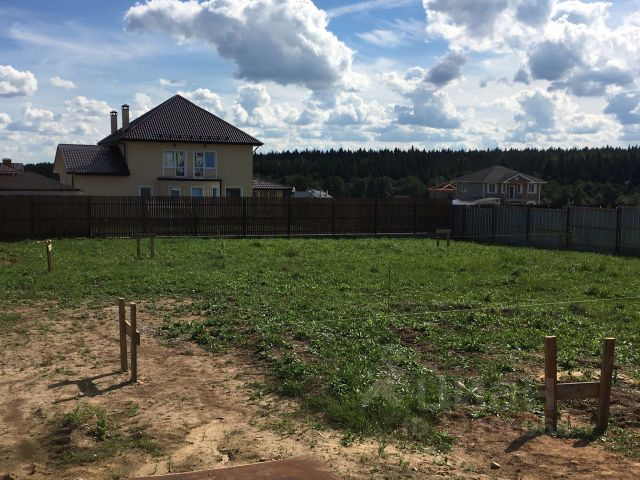 Купить участок в новой москве от собственника болгария дом в деревне у моря
