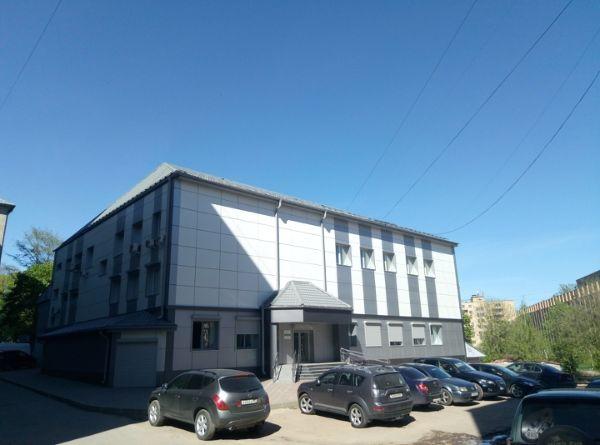 Административное здание на ул. Памфилова, 5