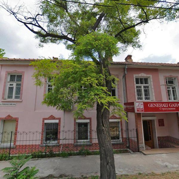 Отдельно стоящее здание на ул. Новороссийская, 39
