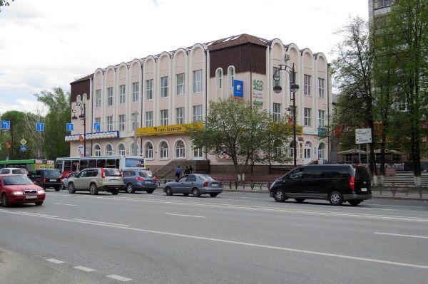 Торгово-офисный комплекс на ул. Республики, 94к1