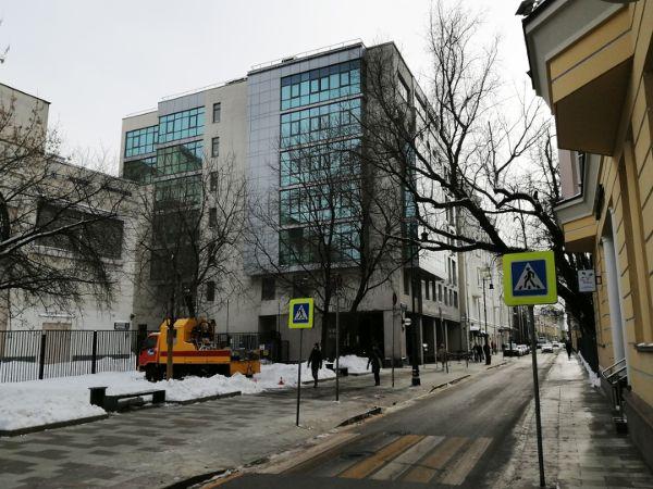 Офисное здание в Большом Кисловском пер., 6