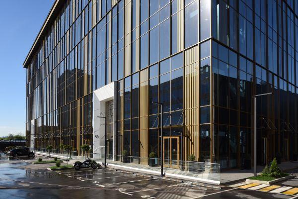 Бизнес-центр 7ONE (Сэвн Уан)