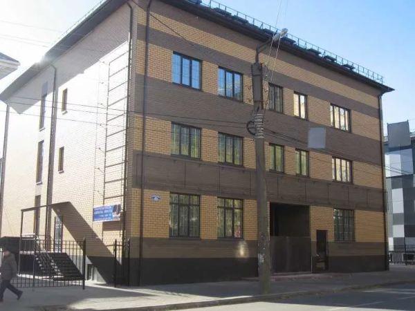 Офисный центр на ул. Суворова, 126