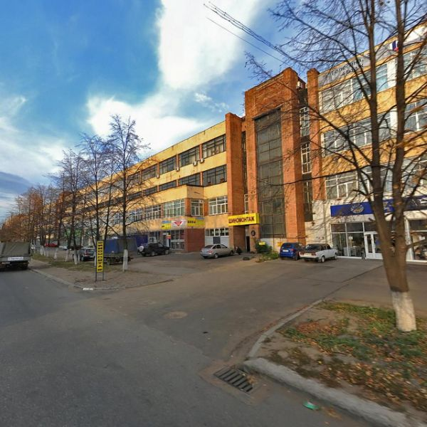 Торгово-офисный комплекс на ул. Телегина, 30