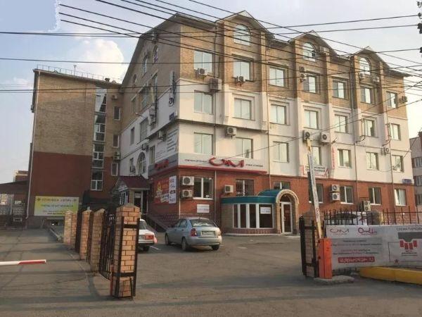 Торгово-офисный комплекс на ул. Васенко, 4