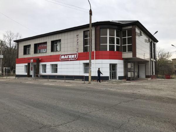 Торгово-офисный комплекс на ул. Парковая, 18