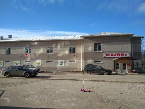 Торгово-офисный комплекс на ул. 2-й Верхний Волок, 29