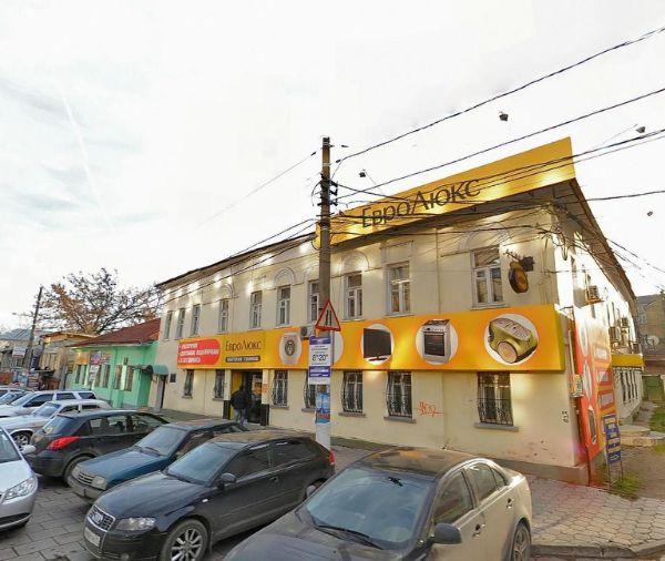 Торгово-офисный комплекс на ул. Каминского, 19А