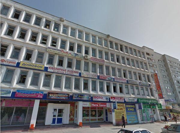 Торгово-офисный комплекс на проспекте Ленинского Комсомола, 41
