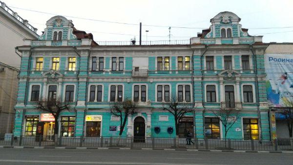 Отдельно стоящее здание на проспекте Ленина, 22
