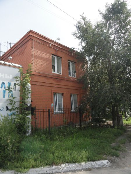 Отдельно стоящее здание на ул. Омская, 101