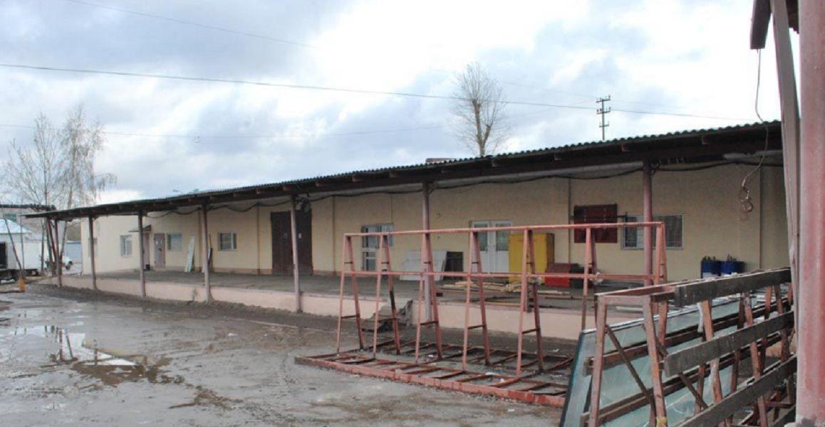 Складском комплексе в Торховском проезде, 6Б