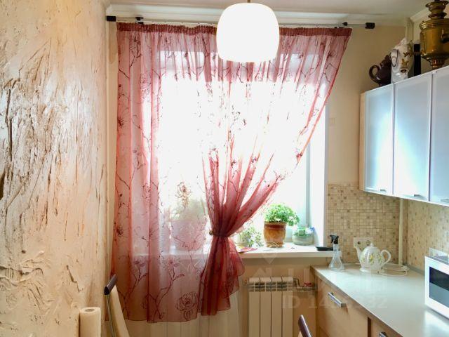 Продается трехкомнатная квартира за 4 000 000 рублей. Россия, Саратов, 2-я Прокатная улица, 19, подъезд 4.