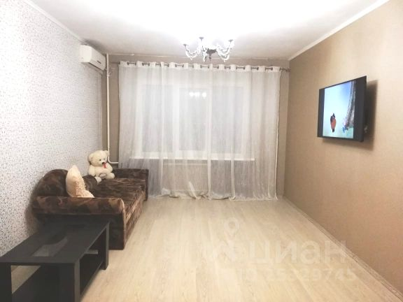 Продается трехкомнатная квартира за 2 980 000 рублей. Самарская обл, г Новокуйбышевск, ул Бочарикова, д 12Б.