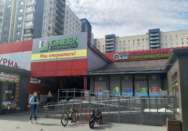 Торговый центр на Комендантском проспекте, 24к1