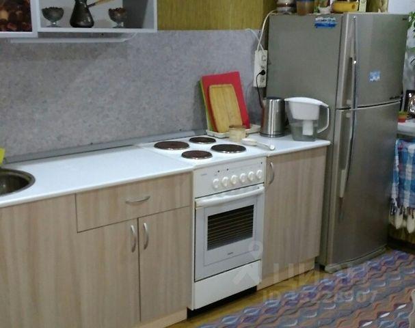Продается однокомнатная квартира за 2 380 000 рублей. г Киров, ул Казанская, д 109Б.