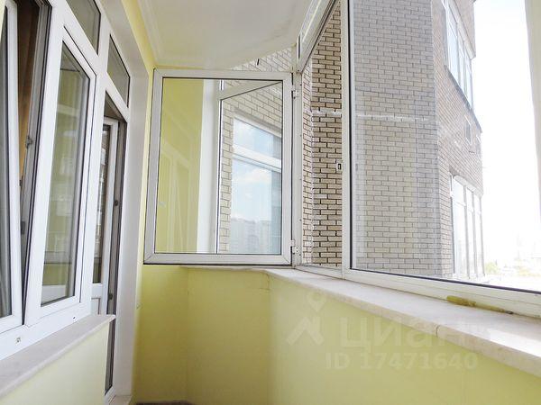 Продается четырехкомнатная квартира за 35 000 000 рублей. г Москва, ул Островитянова, д 4.