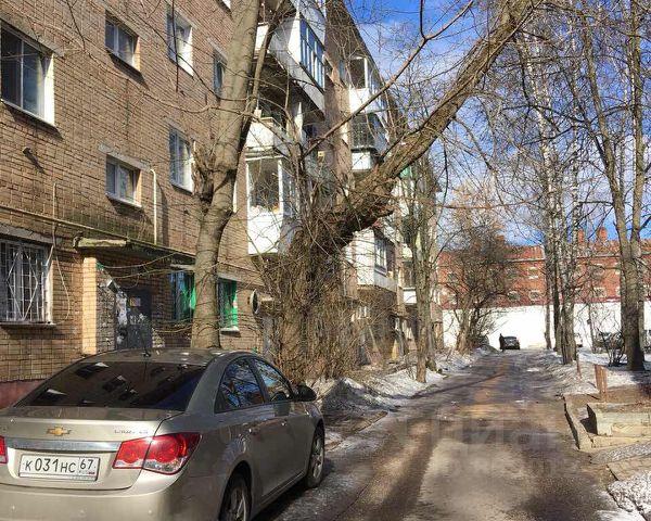 Продается трехкомнатная квартира за 2 050 000 рублей. г Смоленск, ул Октябрьской Революции, д 21.
