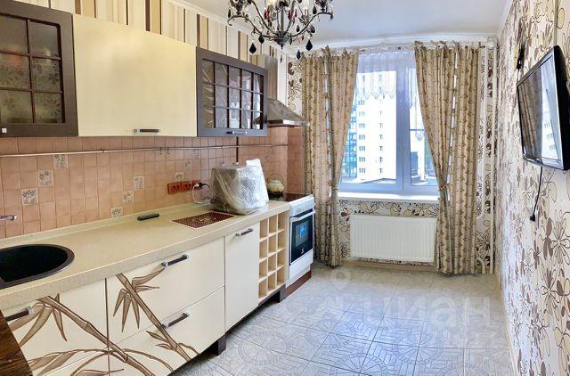 28e8dec7d468e 27 объявлений - Купить квартиру на улице Шелгунова в Санкт ...